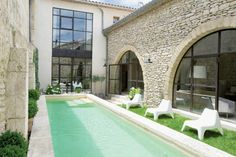 sweet loft and pool in France