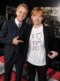 Et se sont avoués leurs sentiments avec ce t-shirt. | 19 fois où les stars de Harry Potter ont fait des choses de moldus