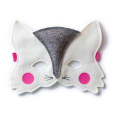 Cat felt mask for kids. €18.15, via Etsy.
