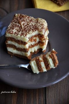If you think that chocolate is healthy, then you will be mor Romanian Desserts, Romanian Food, Baking Recipes, Cookie Recipes, Dessert Recipes, Vegan Chocolate, Chocolate Recipes, Delish Cakes, Good Food