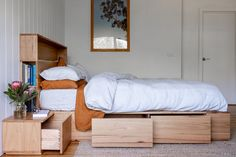 Al and Imo Custom Timber Furniture Bed Headboard Storage, Headboards For Beds, Study Room Decor, Home Decor Bedroom, Bedroom Ideas, Timber Furniture, Pallet Furniture, Furniture Ideas, Bookshelf Headboard