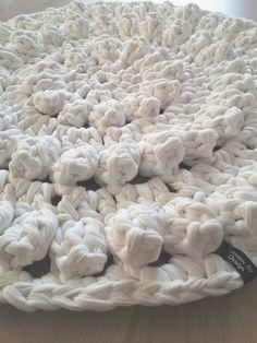 Lämmin ilo: Kylppärin matto ohjeineen