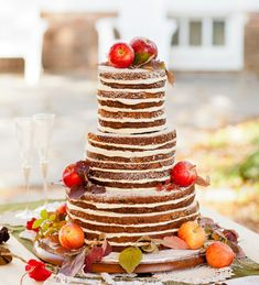 Not a fan of frosting? These naked tiers are simply perfect.    Kathryn Loves | Naked Wedding Cakes | Snippet & Ink
