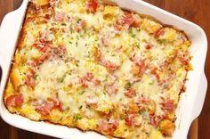Ψωμί με αυγά τυρί και ζαμπόν στο φούρνο (Video) | Συνταγές - Sintayes.gr Tasty, Yummy Food, Appetisers, Hawaiian Pizza, Quiche, Brunch, Food And Drink, Healthy Eating, Cooking Recipes