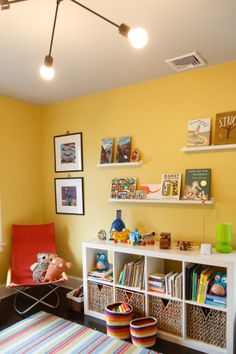 Love how children's books on shelves serve as wall art! From Apartment Therapy - Jessica & Scott's East Coast Nest — House Tour. Expedit Regal, Little Girl Rooms, Book Nooks, Kid Spaces, Living Room Modern, Kid Beds, Kids Bedroom, Bedroom Ideas, Wall Colors