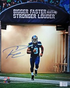 This is a 16x20 Photo that has been hand signed by Russell Wilson. It comes with Russell Wilson hologram & matching certificate of authenticity.