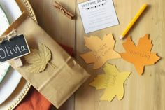 Thanksgiving Tree: All In One Activity, Centerpiece & Place Card Holders #Thanksgiving #tablescape #centerpiece #DIY #Thanksgivingtable #Thanksgivingtree #gratitudetree #familyactivity #placecardholders #placecards #Thanksgivinghostess #Thanksgivingcenterpiece