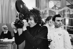 """Bob Dylan shooting w/director D. Pennebaker's camera while making the documentary, Don't Look Back. Bob Dylan Lyrics, Celebrity Photography, Vision Photography, New Wave, Pop Rock, Punk, Beatnik, The Beatles, My Music"