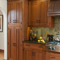 Awesome Craftsman Style Kitchen Cabinet Hardware