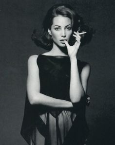 Christy e Carre - Vogue Italia (1992) Christy Turlington by Patrick Demarchelier
