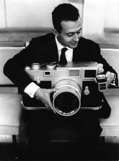 """""""Barcelona, Between 1962 and Xavier Miserachs took more than photographs in order to obtain material for the book Barcelona blanc i negre (Aymà Editora, Leica Photography, Photography Gear, Aerial Photography, Old Cameras, Vintage Cameras, Antique Cameras, Alberto Garcia, Camera Photos, Photographic Film"""