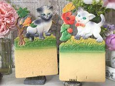 1950s nice nostalgic holder for a tear-off calendar cat motifs