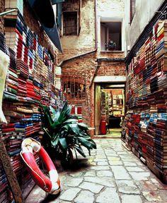 A bookshop in Venice