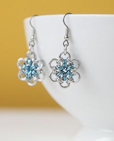 Chainmaille earrings flower posy - blue and silver chainmail for women