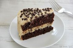 Chocolate Chip Cookie Dough Cake - UMMM can we say YUM! thanks GreenFrog57 for sharing this with me!
