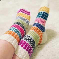 Wool Socks, Knitting Socks, Boot Toppers, Bonnet Hat, Colorful Socks, Knit Crochet, Crochet Socks, Knitting Patterns, Diy And Crafts