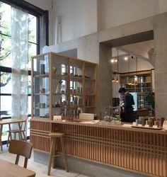 kaikado cafe@京都 Architecture Restaurant, Restaurant Interior Design, Cafe Interior, Interior Architecture, Coffee Shop Design, Cafe Design, Store Design, Commercial Design, Commercial Interiors