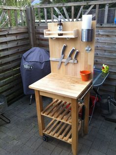 The IKEA Bekväm conversion / modding thread page 15 Garden Projects, Projects For Kids, Diy Projects, Pallet Furniture, Home Furniture, Outdoor Furniture, Furniture Ideas, Bbq, Outdoor Tables