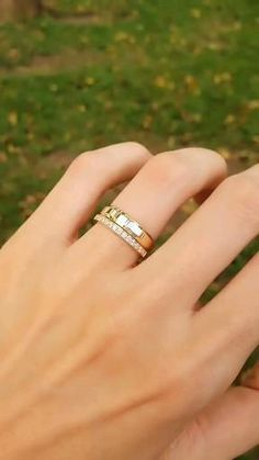 Ring Design In Gold, Simple Ring Design, Gold Ring Designs, Classic Wedding Rings, Wedding Ring Styles, Wedding Rings Simple, Engagement Rings For Women, Wedding Rings For Women, Ring For Boyfriend