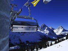 Die Ehrwalder Almbahn  www.zugspitze.at  Freizeitspaß mit den Seilbahnen der Tiroler Zugspitze  Die Ehrwalder Almbahn bringt Sie direkt von Ehrwald auf die Ehrwalder Alm und damit in ein wahres Paradies für Aktivurlauber. Sowohl im Sommer als auch im Winter findet sich eine Vielzahl an attraktiven Sport- und Freizeitmöglichkeiten, die Ihren Urlaub in der Tiroler Zugspitzarena zu einem Highlight werden lassen. Ein schönes Familienskigebiet sowie zahlreiche Wanderwege, Mountainbikerouten und Almhütten warten bereits auf Sie. Ursula, Car, Vehicles, Sport, Zugspitze, Hiking Trails, Hiking, Vacation, Nice Asses