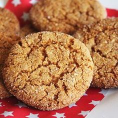 A must share simple ginger biscuit recipe. A must share simple ginger biscuit recipe. Easy Biscuit Recipe, Easy Cookie Recipes, Baking Recipes, Dessert Recipes, Kefir Recipes, Cookie Ideas, Tea Recipes, Ginger Nut Biscuits, Ginger Snap Cookies