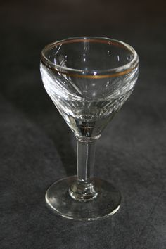 Verre à liqueur à pied fr.picclick.com