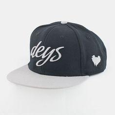 Deys Snapback Swong Grey. #deys#snapback#snapbacks Snapback, Baseball Hats, Cap, Fashion, Baseball Hat, Moda, Baseball Caps, Fashion Styles, Caps Hats