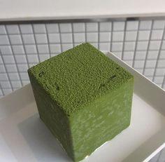 My fav Macha💚 Mint Green Aesthetic, Greens Recipe, Aesthetic Food, Cute Food, Green Colors, Shades Of Green, Just For You, Aesthetics, Korean Tea