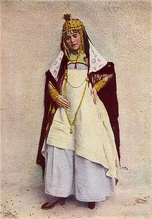 A dancer of the cafes, Algeria, 1917 photograph from the National Geographic Magazine