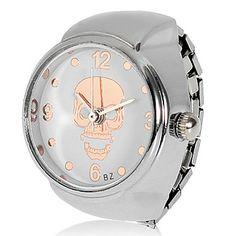 Skull Pattern Alloy Quartz Analog Ring Watch