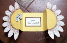 Fold out Daisy/flower card - link to SCS with template - bjl Fancy Fold Cards, Folded Cards, Scrapbooking Photo, Scrapbooking Technique, Sunflower Cards, Bee Cards, Shaped Cards, Pop Up Cards, Card Tutorials