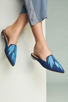 Schutz Irmak | blue palm-embroidered pointed-toe flat mules