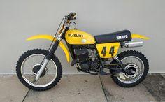 Suzuki Dirt Bikes, Vintage Motocross, Dirtbikes, Motorcycle, Vehicles, Motorbikes, Mtb Bike, Motorcycles, Car
