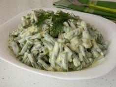 Reteta culinara Salata de fasole verde cu iaurt si usturoi din categoria Salate. Cum sa faci Salata de fasole verde cu iaurt si usturoi Cabbage, Vegetables, Food, Green, Salads, Meal, Essen, Vegetable Recipes, Hoods