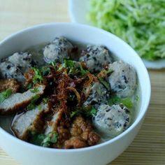 Vietnamese Recipes – Pork and Mushroom Vermicelli Noodles Soup (Northern Cuisine, Ha Noi) – Bun Moc (Mon An Bac Bo, Ha Noi)