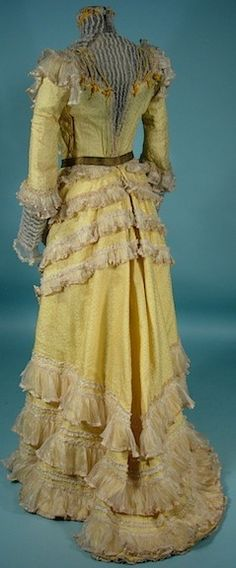 c. 1900 Victorian Yellow Silk Jacquard 2-piece Trained Gown with Tons of Frills
