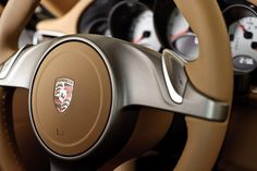 Porche detail via Le Manoosh Car Interior Design, Automotive Design, Le Manoosh, Girly Car, Mens Toys, Vintage Porsche, Car Museum, Top Cars, Performance Cars