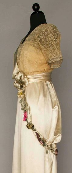 SILK SATIN EVENING GOWN, JEANNE HALLEE, PARIS, c. 1912