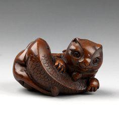 Wood Netsuke for Sale   Japanese Handcraft Boxwood Wood Netsuke Cat Eat Fish   eBay