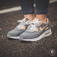 """Nike W Air Max 90 Ultra Prm"" Cool Grey | US 6.5 - 9.5 | 149.95 | Now Live @afewstore | @nike @nikesportswear @nikerunning @nikewomen @airmaxalways #nike #AirmAX90 #Felt #teamafew #klekttakeover #womft #sneakerheads #sadp #sneakersaddict #hypebeast #highsnobiety #modernnotoriety #basementapproved #sneakernews #snobshots #hskicks #hypefeet #kicksonfire #complexsneakers #sneakerfreaker #sneakerfreakergermany #praisemag #thedropdate #everysize"