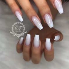 White on white ombré ▫️▫️▫️▫️▫️▫️. @wakeupandmakeup @hudabeauty @vietsalon @luxeladyofficial @melformakeup @vegas_nay @makeuptutorialsx0x…