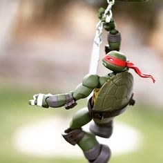 Raph really likes swinging, apparently.  #TMNT #teenagemutantninjaturtles #toys #revoltech #ninjaturtles #ninjaturtleposes #raph #raphael