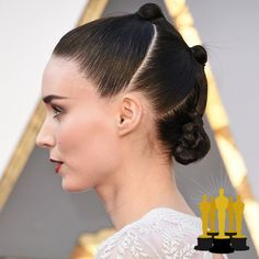 Oscars The Best Red Carpet Updos - Rooney Mara - click through to see more hair inspiration! Oscar Hairstyles, Medium Bob Hairstyles, Teen Hairstyles, Party Hairstyles, Celebrity Hairstyles, Braided Hairstyles, Casual Hairstyles, Hairstyles 2018, Pixie Haircuts