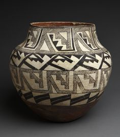Historic Acoma pottery | 12,500.00 Add to cart