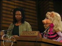 Muppets Tonight - S1 E9 P1/3 - Whoopi Goldberg The Muppet Movie, Whoopi Goldberg, Jim Henson, Funny Cute, Cute Pictures, Humor, Humour, Funny Photos, Funny Humor