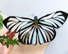 Gebrandschilderd glaspaneel || Butterfly suncatcher || oorspronkelijke ontwerp || housewarming cadeau || gift van de verjaardag || klaar om te verzenden || huurder vriendelijke