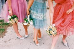 Love this, gorgeous vintage bridesmaid dresses, unique!