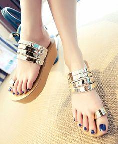Nude Platform Sandals with Toe Loop
