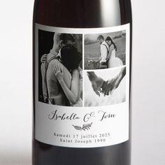Sublimez vos bouteilles grâce aux étiquettes personnalisées. Originales et délicates,  elles feront leur effet à votre mariage ! 🍾 Faire Part Photo, St Joseph, Wine, Bottle, Drinks, Deco, Sticker, Flask, Drink