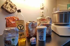 Ein av grunnane til at eg fortsatt er godt gift kan vera at eg har gjort han avhengig av mine heimebaka brød. Desse brøda har eg baka minst ein gong pr månad i omla… Vodka Bottle, Good Food, Food And Drink, Baking, Drinks, Gifts, Bread Baking, Drinking, Beverages
